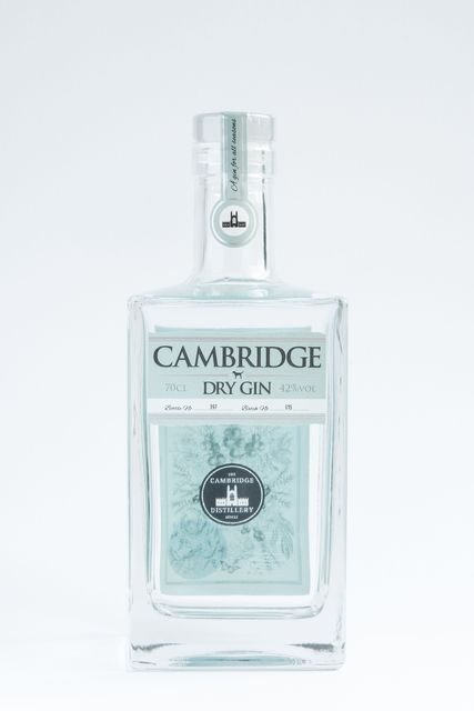 Cambridge-Dry-Gin-70cl-42-ABV-7776-1.jpeg