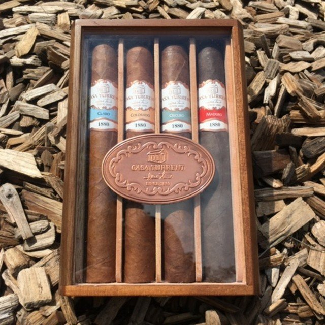 Casa Turrent 1880 Gift Pack - 4 cigar sampler