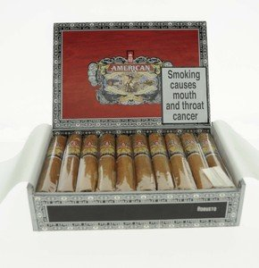 Alec Bradley American Classic Robusto - Box of 20