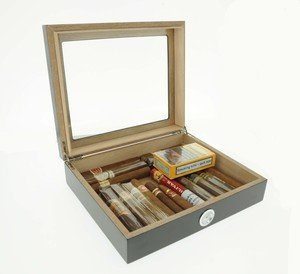 Mixed Cuban & New World Cigar & Humidor Gold Bundle
