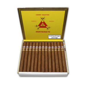 Montecristo Churchill Anejados - Box of 25