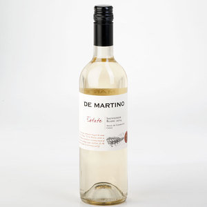 De Martino Estate Sauvignon Blanc 2014