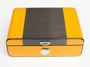 Sikarlan Yellow and Carbon Fibre Look Humidor - 30 Cigar Capacity