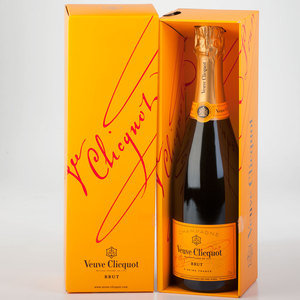 Veuve Cliquot Yellow Label Non-Vintage (boxed)