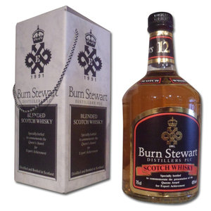 Burn Stewart Queen's Award Blended Whisky 75cl 40%
